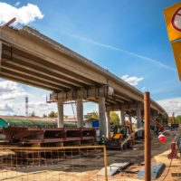 Москомэкспертиза согласовала проект строительства съезда к торговому центру «РИО» в Новомосковском окурге